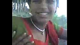 Desi sangali village BBC wench showing milk sacks to love...