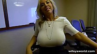 Wifey caught in the action - swallows cum