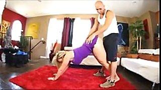 Sara jay yoga