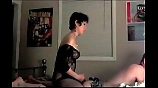 Homemade femdom: hard dong fuck and domination