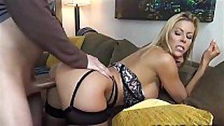Hot milf pornstar bonks stud - dirtyyycams.com