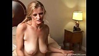 Slutty mature trailer trash can not live out of to fuck -- vi...
