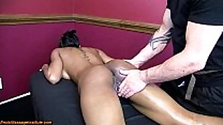 Black hottie has screaming squirting orgasms w/wh...