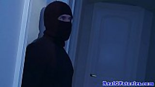 Housewife screwed right into an black hole by a midnight burglar
