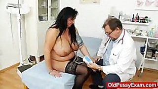Adult toy in love tunnel during a white BBC wench gyno