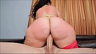 Phat gazoo bbw plumper knows how to ride