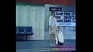 001 ultimo metro - chick stripping at educate sta...