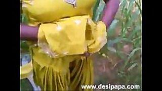 Indian punjabi bhabhi screwed in open fields mms