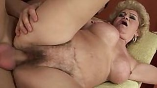 Amateur old grandmother receives fucked