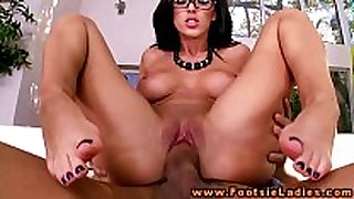 Foot chick in spex feet and love tunnel drilled in high...