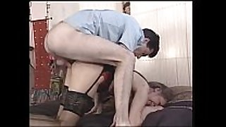 Mature mama receives her fur pie pounded - xhamster.com