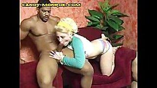 Blonde blows muscled dark