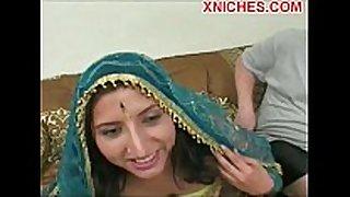 Indian whore sucks two schlongs