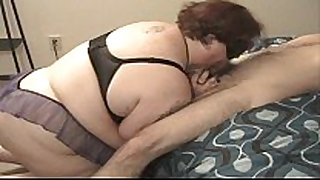Amateur bbw with nipple clamps deepthroats to c...