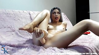 Skinny camgirl with natural breasts masturbates in bed