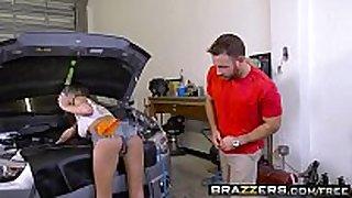Brazzers - brazzers exxtra - the mechanic scen...