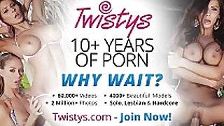 Twistys - getting myself off - sophia jade